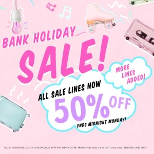 PrettyLittleThing: Bank Holiday Sale 50% off